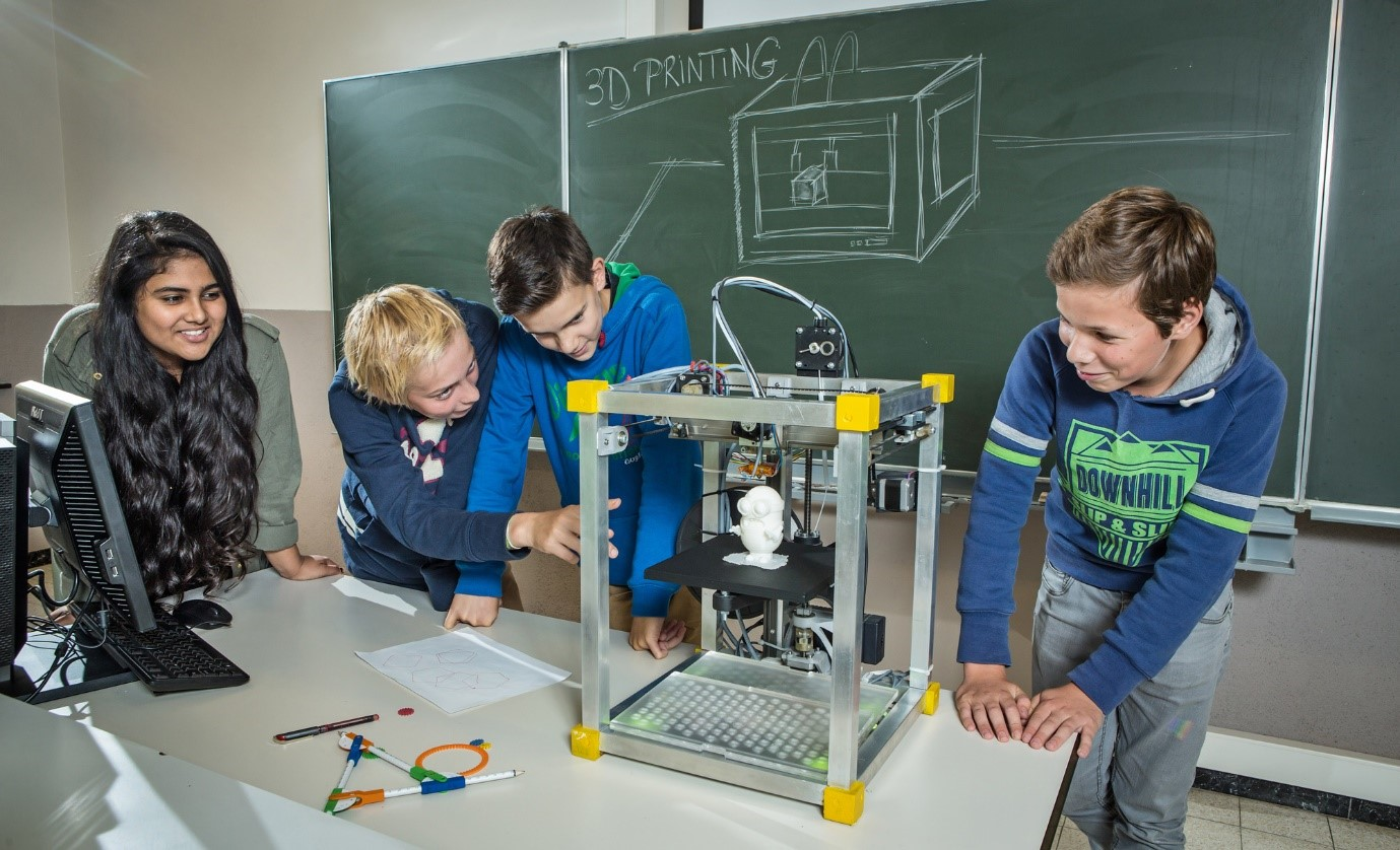 چاپگر سه بعدی در آموزش