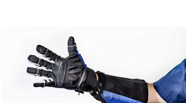 ربات پوشیدنی Robo-Glove