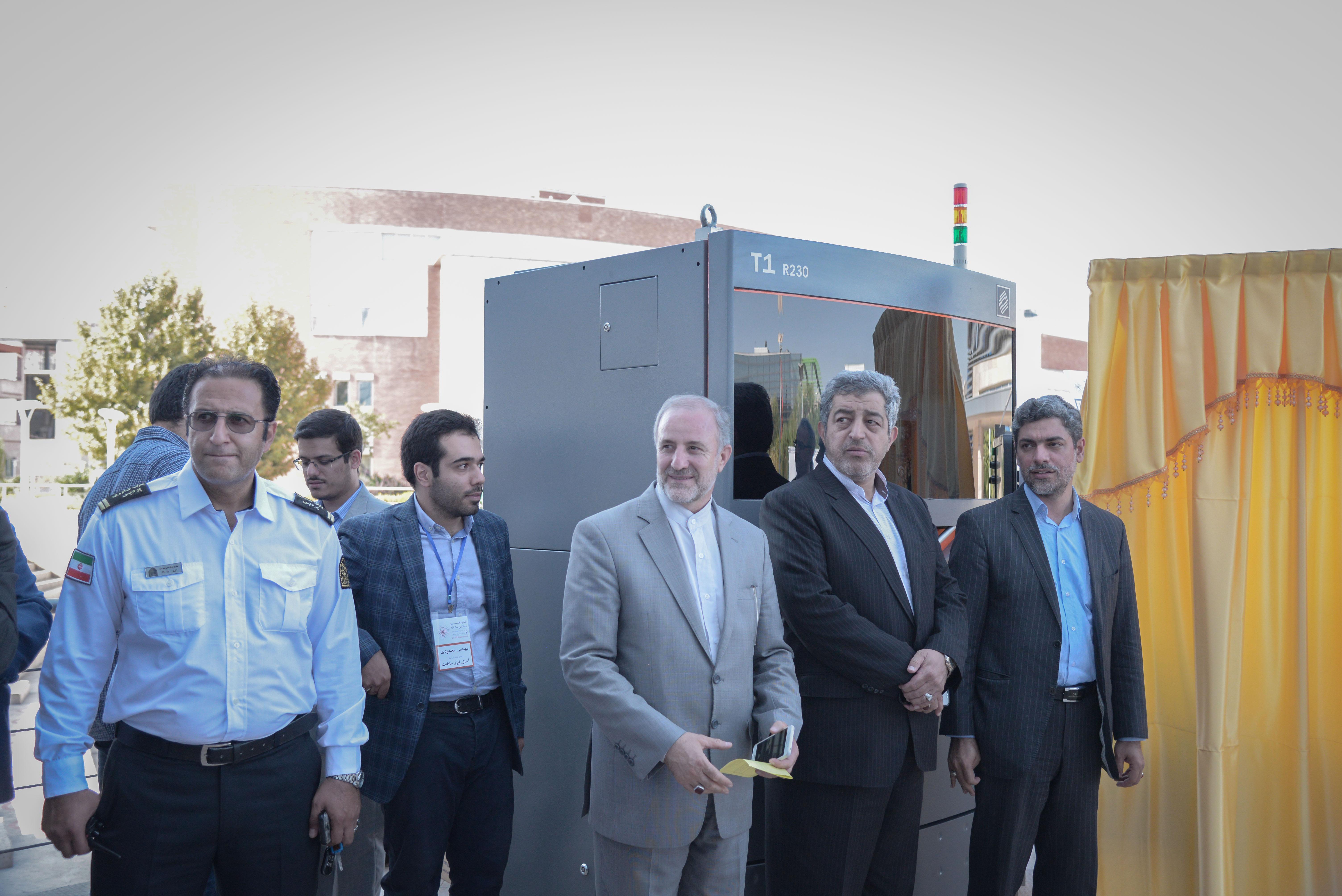رونمایی از دستگاه پرینتر ۳ بعدی SLS ایرانی تیوان R230 در پارک فناوری پردیس