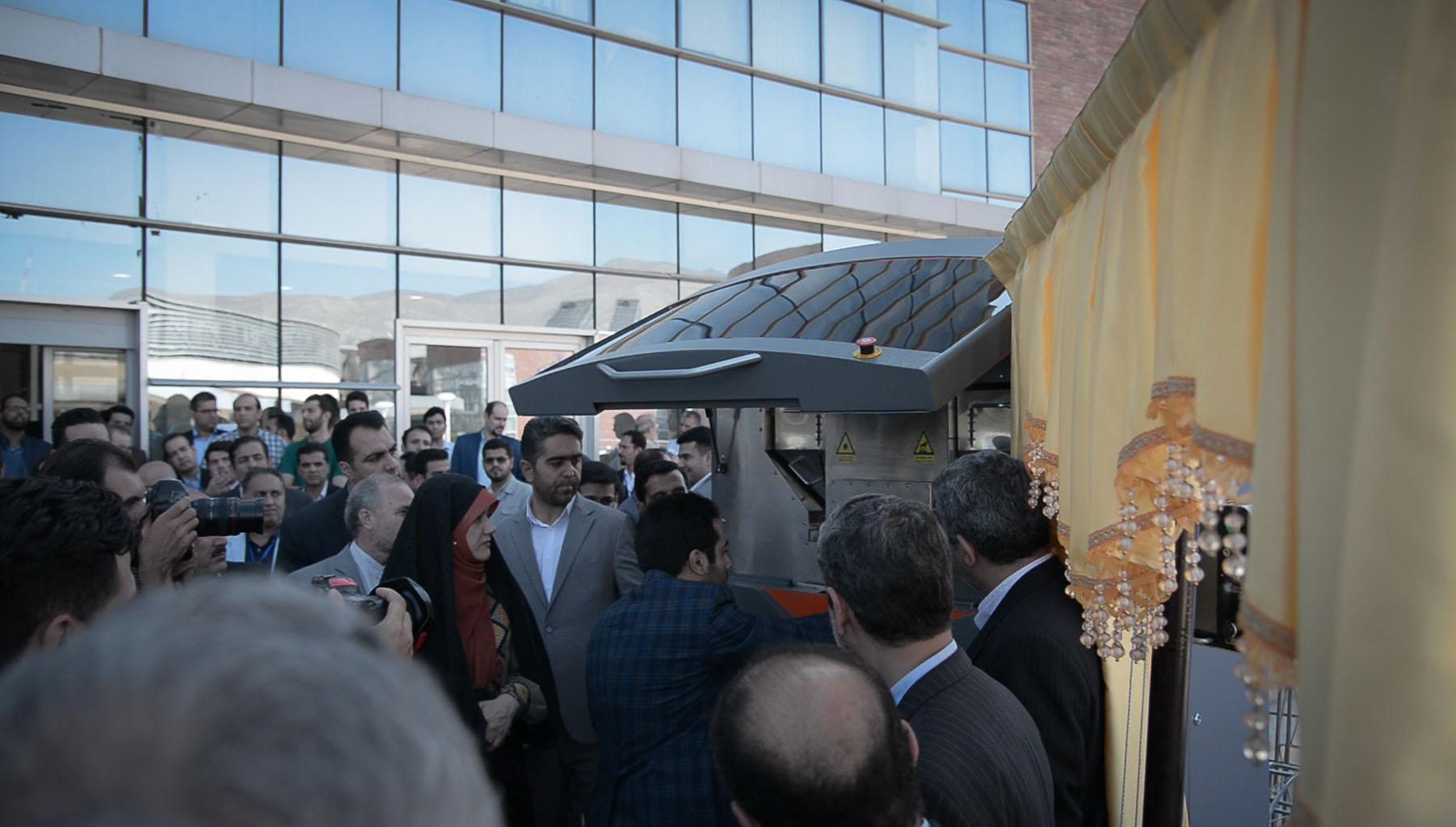 پرینتر ۳ بعدی SLS ایرانی تیوان R230 در پارک فناوری پردیس رونمایی شد