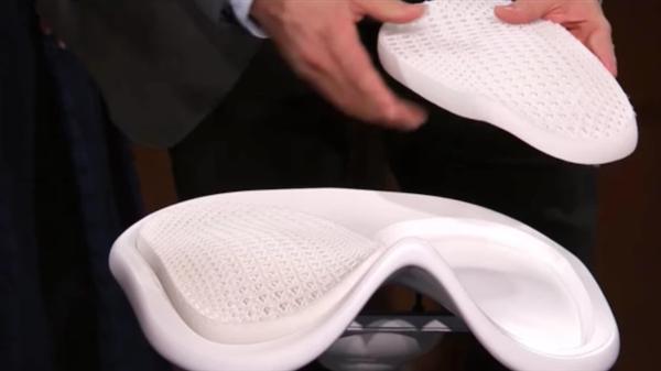 پرینت سه بعدی صندلی ارگونومیک مخصوص گیمرها