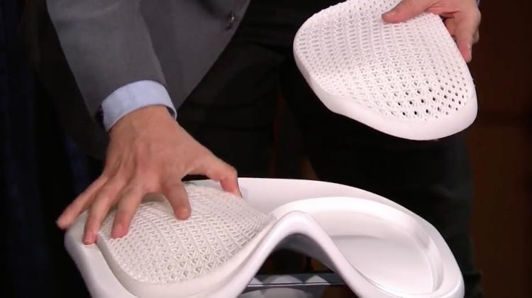 چاپ سه بعدی صندلی برای گیمرها