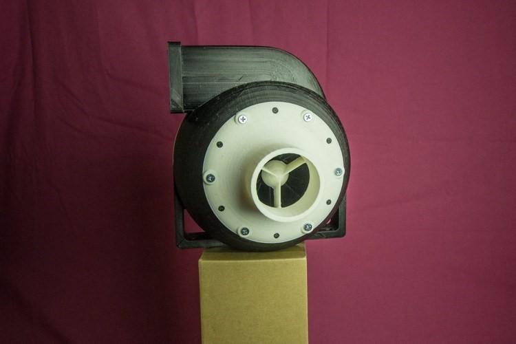 عکس نمونه اولیه پمپ