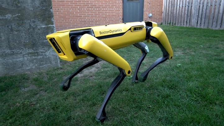 SpotMini ربات