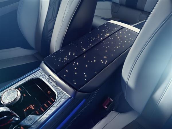 داخل خودرو BMW Sky Night 2019