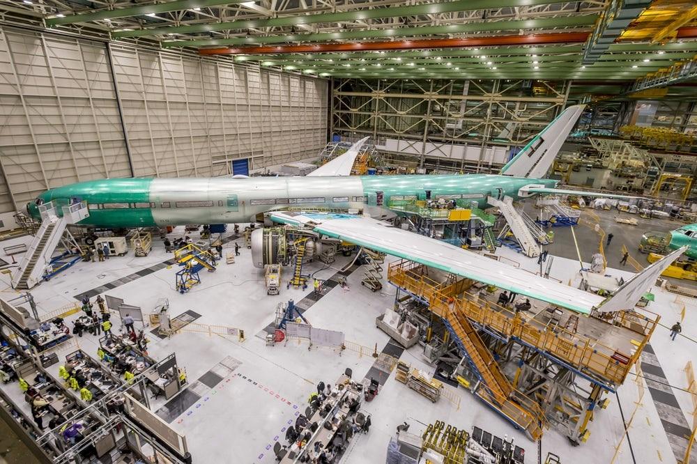 پرینت سه بعدی تیغه های توربین هواپیمای ۷۷۷X