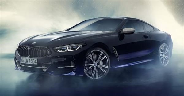 چاپ سه بعدی خودروی BMW M850i Sky Night با استفاده از شهاب سنگها
