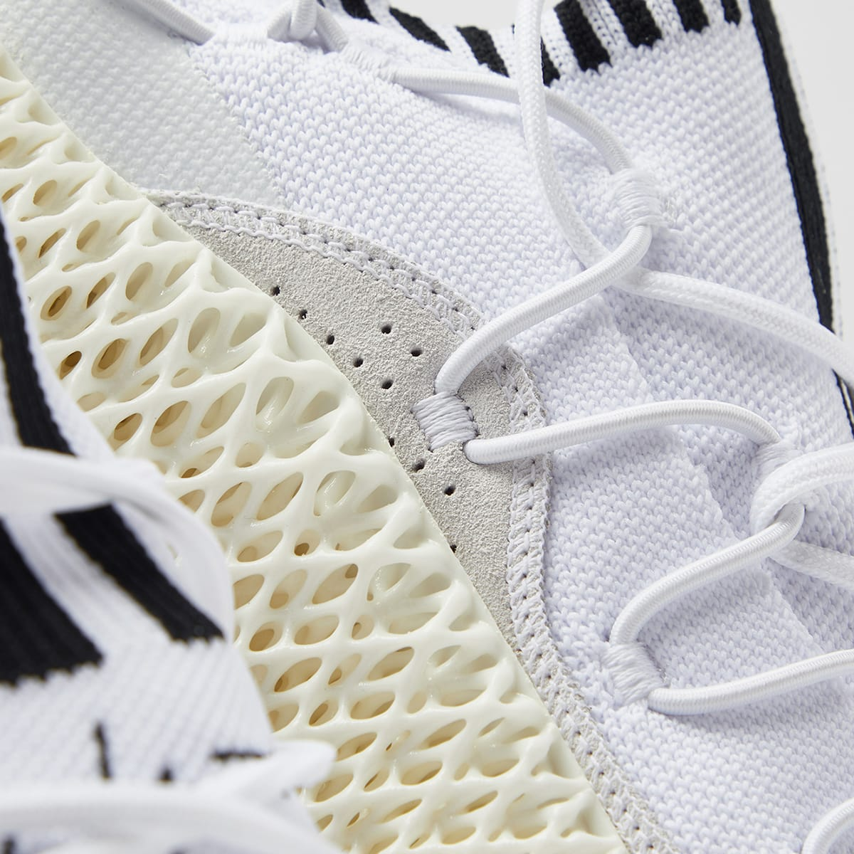 تولید کفش های آدیداس با تکنولوژِ پرینت سه بعدی