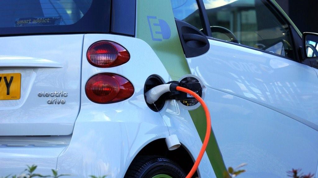 پرینت سه بعدی و توسعه خودروهای الکتریکی