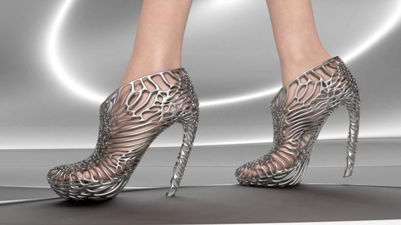 کفش های چاپ سه بعدی شده فلزی