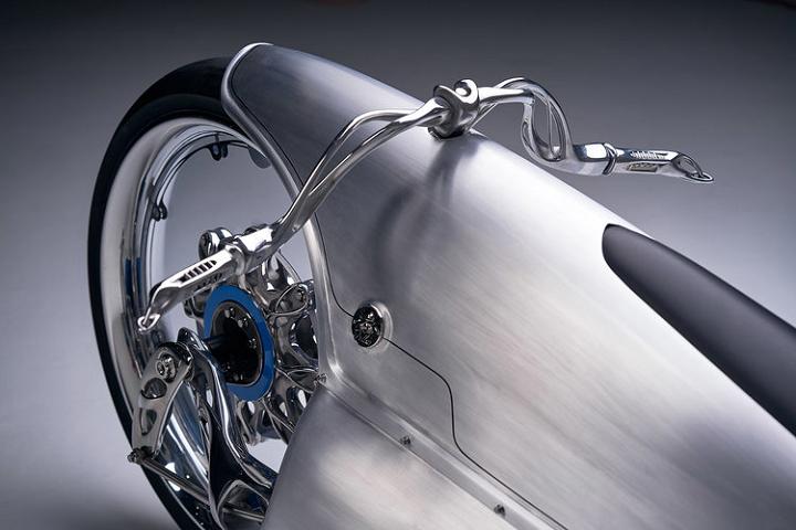 ساخت قطعات تیتانیومی یک موتور سیکلت با استفاده از تکنولوژی پرینت سه بعدی