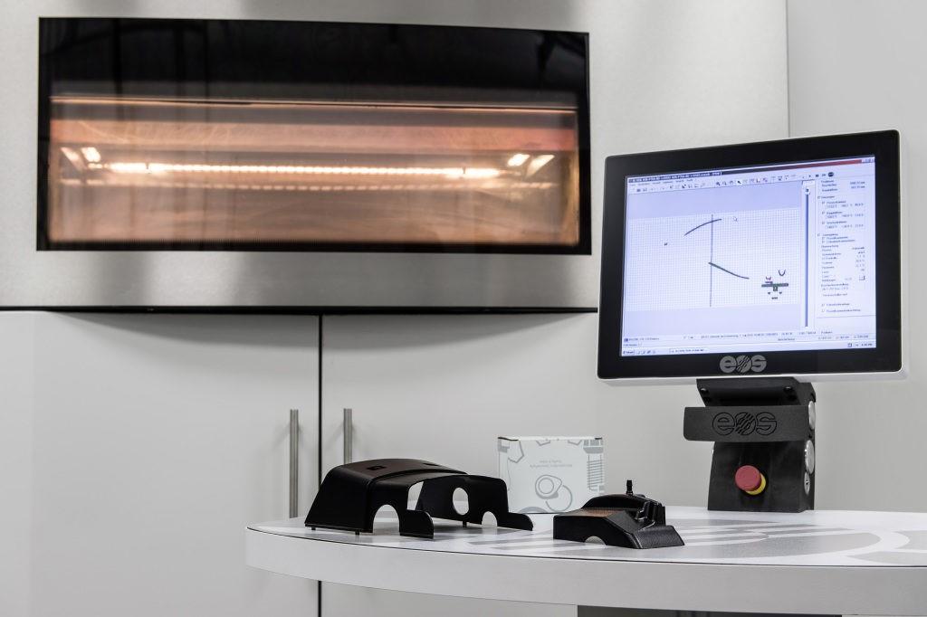 ارائه قطعات منحصربفرد پرینت سه بعدی شده توسط شرکت مرسدس بنز