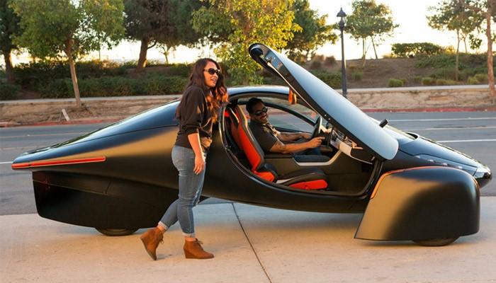 ساخت یک خودروی الکتریکی خورشیدی با استفاده از تکنولوژی پرینت سه بعدی