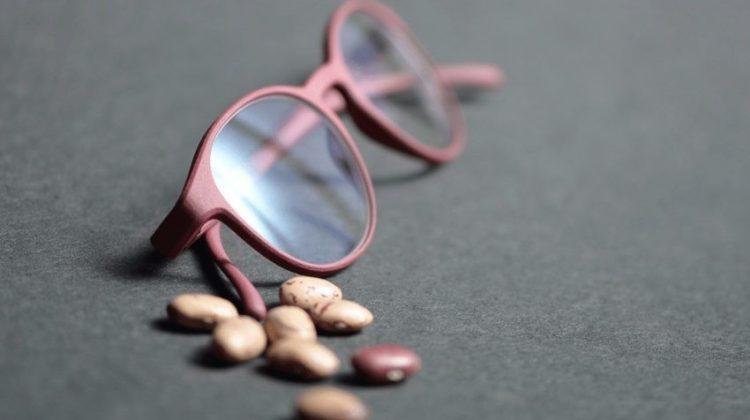 پرینت سه بعدی عینک با استفاده از لوبیا