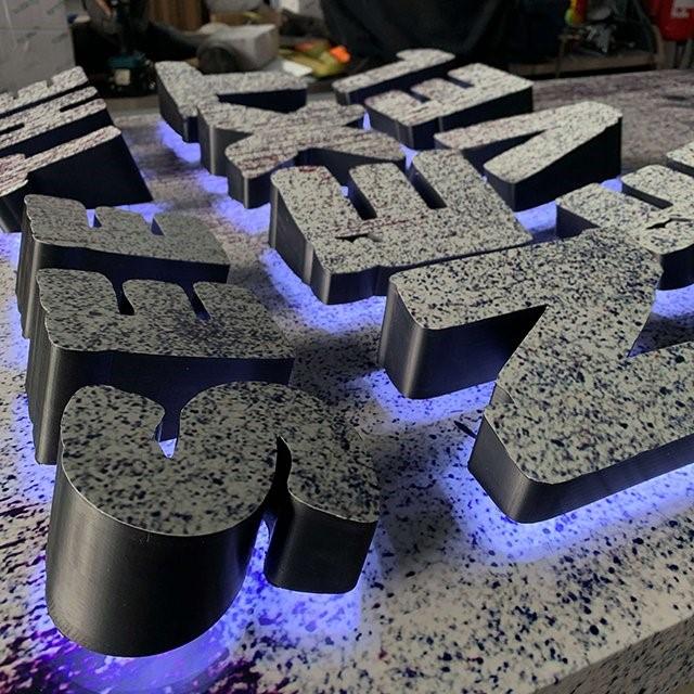 مزایای پرینت سه بعدی تابلو حروف برجسته