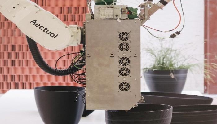 ساخت گلدان با استفاده از تکنولوژی پرینت سه بعدی و پلاستیک های بازیافتی