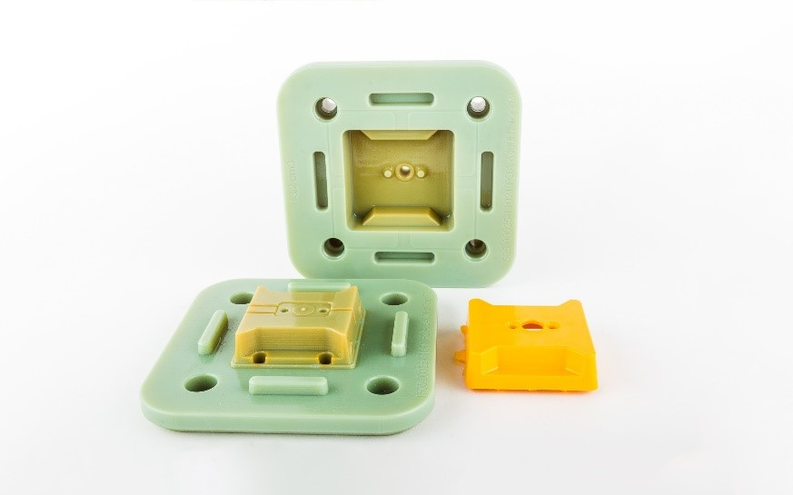 پرینت سه بعدی قطعات پلاستیکی در تیراژ کم